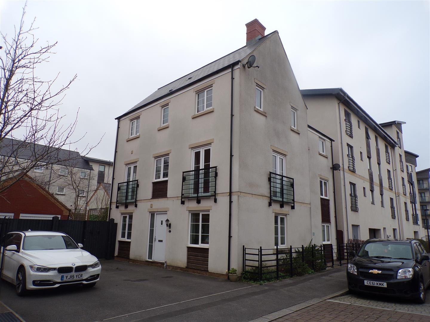 4 Bedrooms Town House for sale in Seacole Crescent, Old Town, Swindon